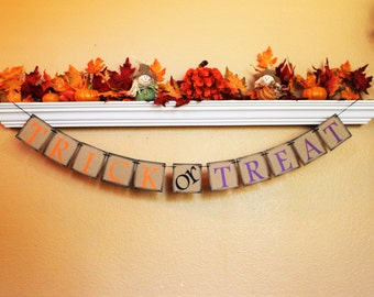 HALLOWEEN BANNER, HALLOWEEN Sign, Fall Decor, Trick or Treat Decoration, Halloween Party Decoration, Halloween Garland, Happy Halloween