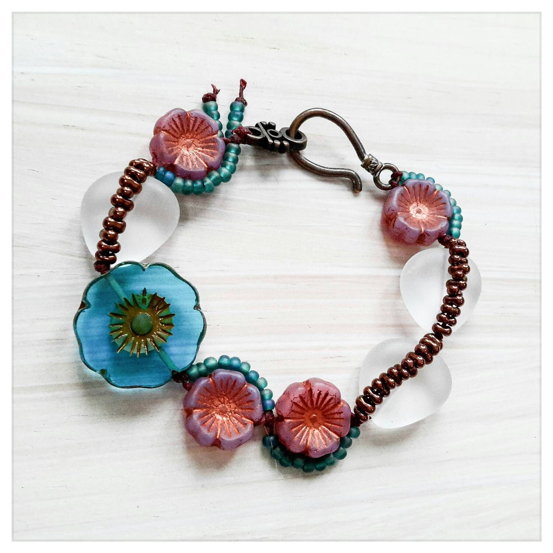 Summer Bracelets: Summer Flowers Bracelet Czech Bead Bracelet Irish Linen