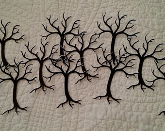 "Diecut Trees with Snow 4"" 10-pc"