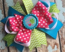 Toadally Cute FROG Girly Dainty Stacked Twisted OTT Boutique Bow Photo Prop