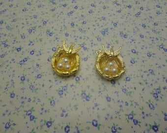 10 pcs of gold color metal bird's nest  pendant charm , 25*20mm , MP556