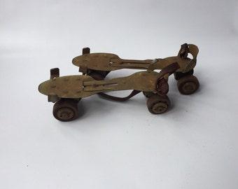 Antique Roller Skates, Metal Skates Vintage, Rusty Patina Skates, Vintage Decor