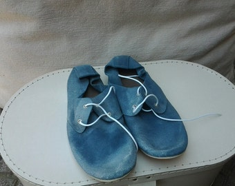 flat light blue shoes ,sky blue ,suede leather,laced