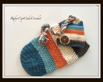 Elf Hat and Cocoon Set - Newborn Photo Prop - Babies First Photos or Announcement Cards