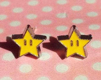 LAST PAIR! Super cute invincibility star stud earrings