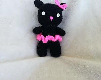Crochet Cat with skirt