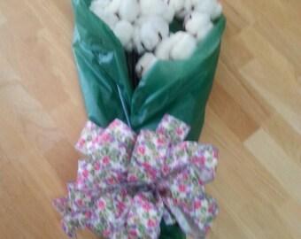12 Long Stem Premium Cotton Bolls. Stems are fake. 2nd year wedding anniversary