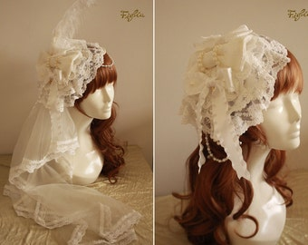 Andrea Lace Headdress