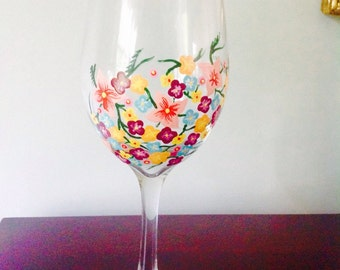 Flower patch wine glass