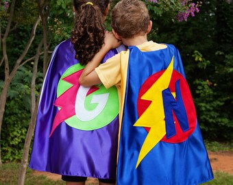 SET of 2 Superhero Capes - 9 Options to Choose From - Sibling Superhero Capes - Super Hero Capes for Twins  - 2 Free Masks