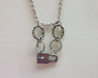 Chain necklace, lock charm