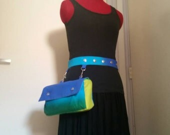 Hip bag with belt