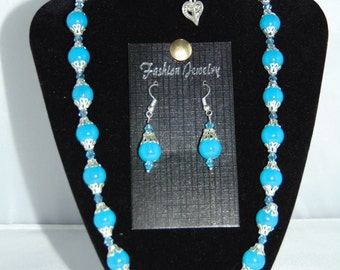 Necklace, Bracelet, Earring set Jade Blue Jewellery Set