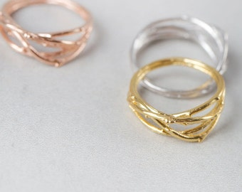 Intertwined Branch Ring