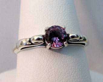 Alexandrite Ring in Sterling Silver, Alexandrite Jewelry, Color Change Gemstone, Lab Created Alexandrite, June Birthstone,