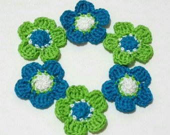 6 Crochet Tricolor Flower Appliques Patches DIY Scrapbooking Sewing Art Craft Dollhouse Decor Doily Fairy Garden Flower Motifs Handmade