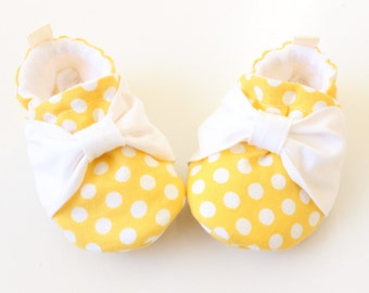 yellow polka dots with bows - Soft Sole Baby Shoes, Booties - great gift idea!