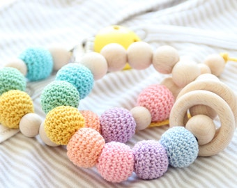 SET of baby pacifier clip and teething bracelet / Safe for teething / Natural and Styilish