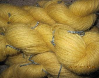 Icelandic pure wool, hand dyed with Filipendula ulmaria. 09082015-2