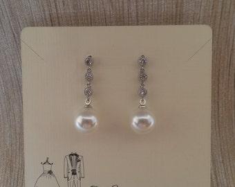 Bridal Pearl Drop Earrings / Bridesmaid gifts