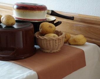 Table Runner, Decorative Table Runner, Simple Table Runner, Kitchen and Dining Table Decor, Table Linens, Home Decor
