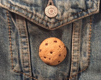 Chocolate Chip Cookie Pin / Polymer Clay / Brooch