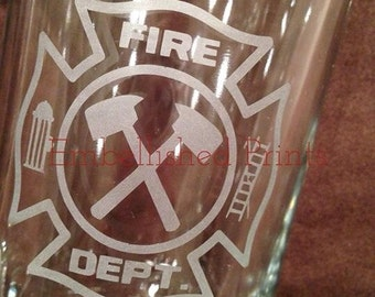Personalized 26.5 Ounce Firefighter Symbol Etched Glass Beer Mug