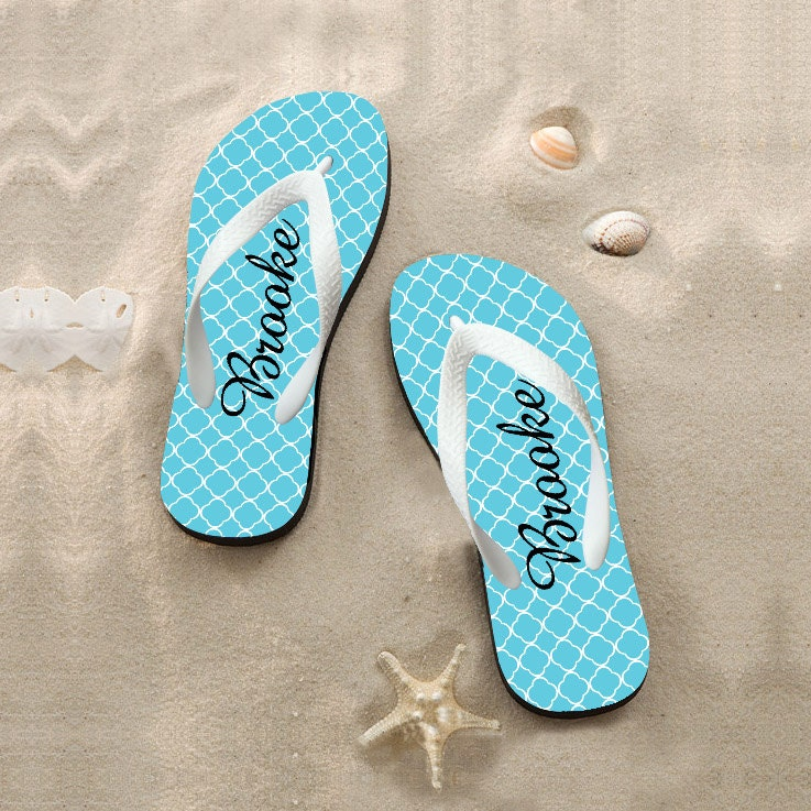 custom wedding beach flip flops favors personalized by onlyonegift