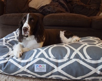 Goldens Unleashed Dog Bed * Versailles Collection * Grey * Medium Large * Custom Embroidery * Personalize * Traditional Lattice Bamboo * TSD