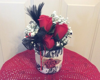 Country floral arrangement SALE, rustic centerpiece, red roses in country tin, rose centerpiece, red & black decor, hostess gift, gift 4 her