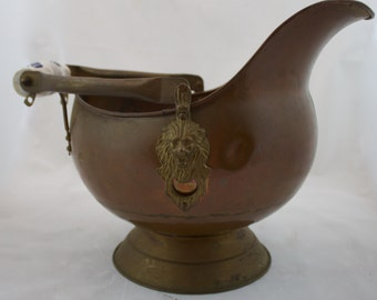 Large Vintage Copper and Brass Coal Scuttle/ Ash bucket with Blue and White Delft Handle and Lion Head Accents