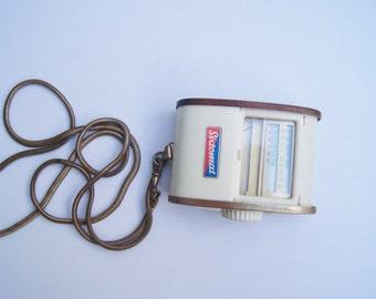 Sale -  35% off - Vintage Sixtomat - Light Meter - Color Finder Gossen -  Light Exposure Meter