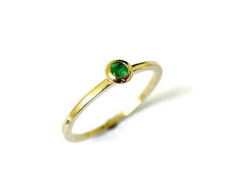 Emerald Stacking Ring, Tiny Solid Gold Ring, Green Stone, Dainty Gemstone Ring, Emerald Jewelry