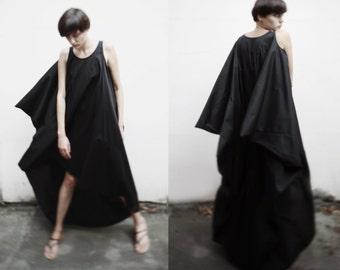 Black asymmetrical maxi dress/ avant garde maxi dress/ loose fitting dress/ onesize dress/ japanese style dress/ summer long dress