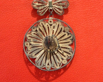 Vintage Silver Filigre Mexican Sombrero Hat Butterfly Brooch Pin