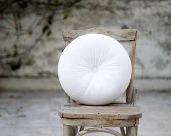 White velvet round pillow 16""