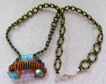 Handmade lizard&colorful beaded necklace