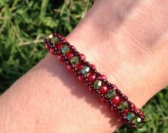 Red and Green Hugs & Kisses Bracelet
