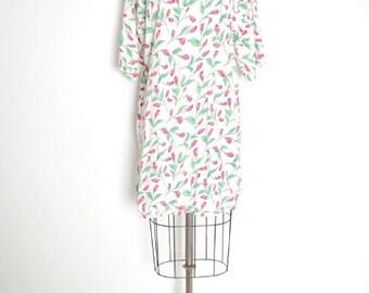 vintage 80s dress, t shirt dress, rose print dress, white pink, 80s mini dress, over sized dress, 80s clothing, tee shirt dress