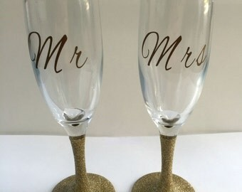 Mr & Mrs Champagne Glasses - Toasting Glasses - Set of 2