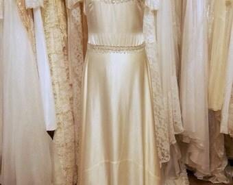 Gatsby style modern vintage wedding dress