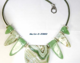 Necklace effect green onyx in polymer clay