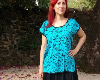 Frida Kahlo Mexican Huipil Oaxacan 'Tuxtepec' handmade embroidered blouse