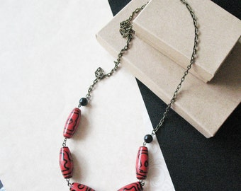 Autumn Fashion Jewelry. Red and Black Long Strand Beaded Neclace. Jewelry For Women.