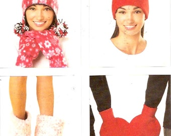 Autumn Fall hats mittens Bootie type slippers sewing pattern Kwik Sew 3627 UNCUT Sz Small to Large UNCUT