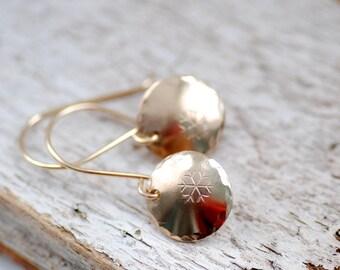 Gold Snowflake Earrings, Nature Jewelry, Whimsical Earrings, Winter Jewelry, Gold Circle Earrings, Snowfall, Snowflake Jewelry