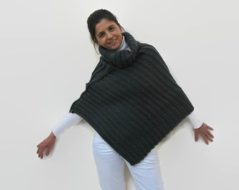 Dark Gray Poncho, Chunky Knit Poncho, Poncho with Zipper, Hand Knit Poncho, Turtleneck Capelet, Poncho Sweater, Poncho Cape, Knitted Capelet