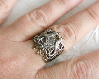 osO FALL IN LOVE Oso silver and brass filigree adjustable ring