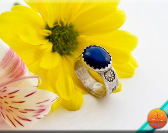 Women's Rustic Silver & Lapis Ring, Hand Crafted Fine Silver with Dragonfly and Flower accent,  Natural Stone