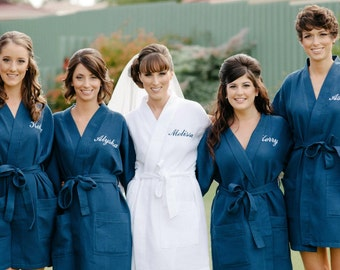 SALE Monogrammed Navy Bridesmaid Robes, Bridesmaid Robes, Wedding, Gift for Her, Bridal Party Gifts, Bridal Dressing Gown, Kimono Robe,